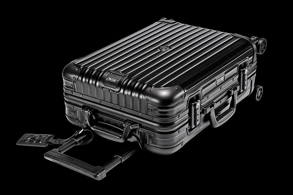 rimowa-moncler-suitcase-xl